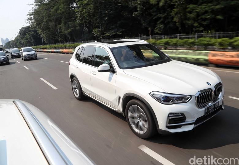 BMW X5. Foto: Pradita Utama