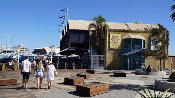 Di Fremantle Market banyak jajanan lokal yang patut Anda coba, selain juga pasar segar dengan aneka sayur dan buah-buahan (Masaul/detikcom)
