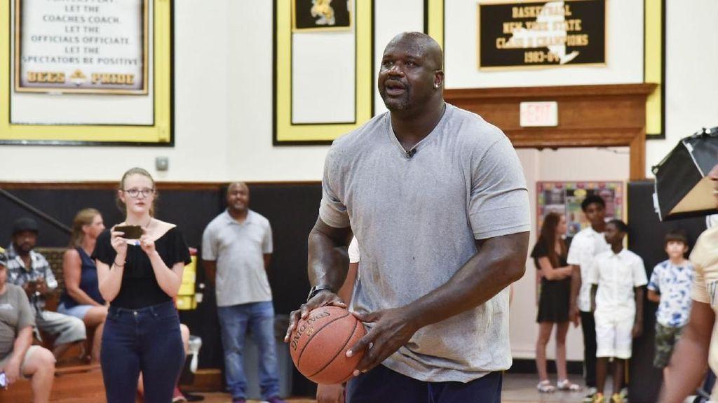Rusuh! Legenda NBA Shaquille ONeal Ikut Moshpit di Depan Panggung