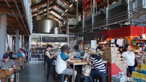 Ini adalah kafe dengan pabrik birnya sendiri (Masaul/detikcom)