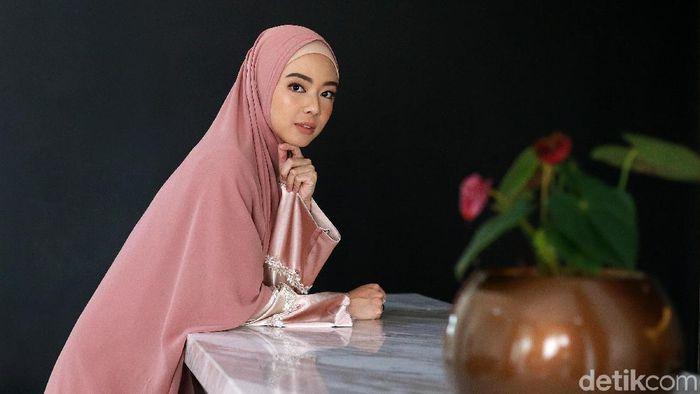 Lindswell Kwok mengisahkan perkenalan dengan Islam. (Ari Saputra/detikSport)