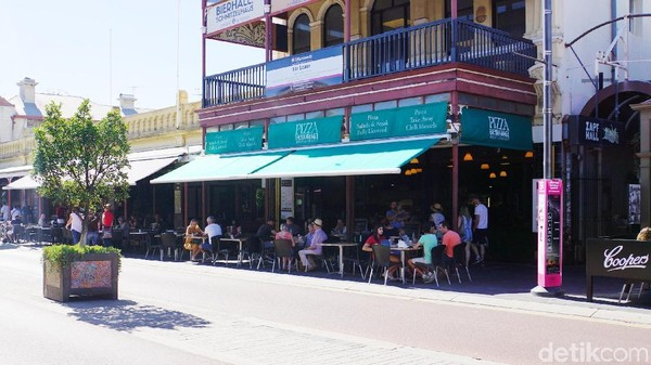 Ada beberapa kawasan seni di Fremantle. Destinasi itu termasuk Bathers Beach Art Precinct yang berdekatan dengan Round House dan Fremantle Arts Centre (Masaul/detikcom)