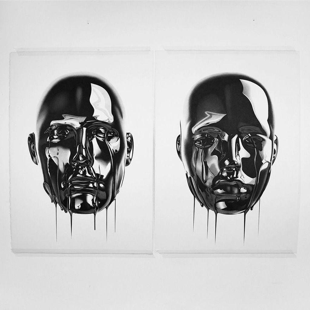 Jika dilihat sekilas karya buatannya terlihat seperti foto hitam putih pada umumnya. (Foto: Alessandro Paglia via Bored Panda)
