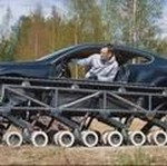 Ketika Bentley Dimodif Jadi Tank