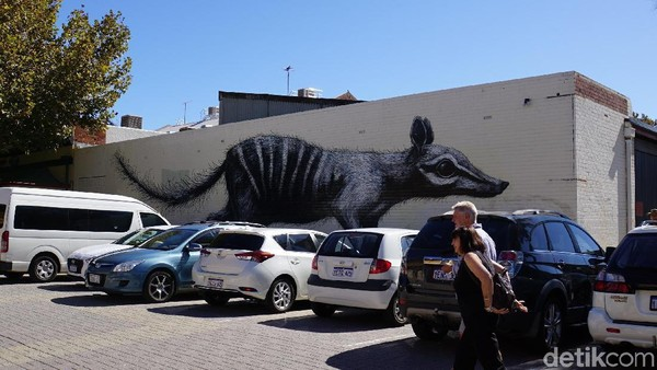 Mural kenamaan di daerah Fremantle (Masaul/detikcom)