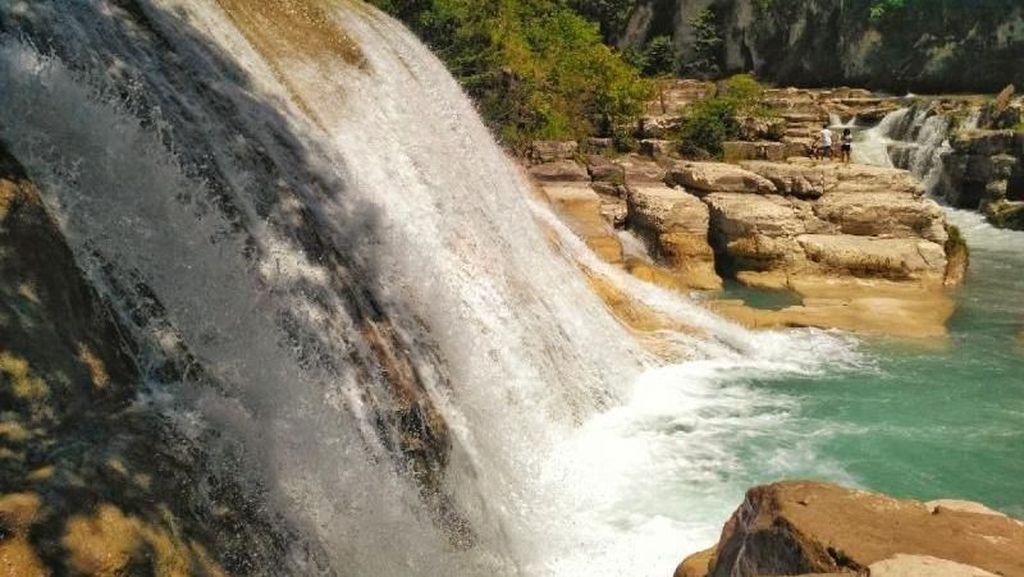 Air Terjun Tanggedu, Oase di Tengah Hutan Sumba