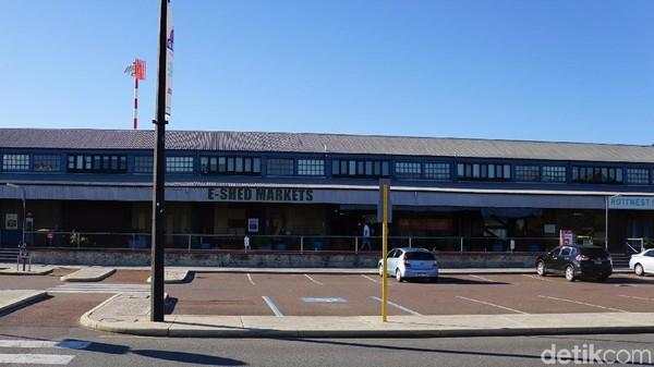 Turis juga bisa membeli suvenir. Ada beberapa toko di Rottnest Island, tapi detikcom sarankan membeli di dekat Terminal Feri B Shed yakni di E Shed Markets (Masaul/detikcom)