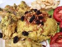 Buka Puasa di Rumah, Buat Saja Nasi Gurih Tuna Pedas dan Butter Rice yang Praktis