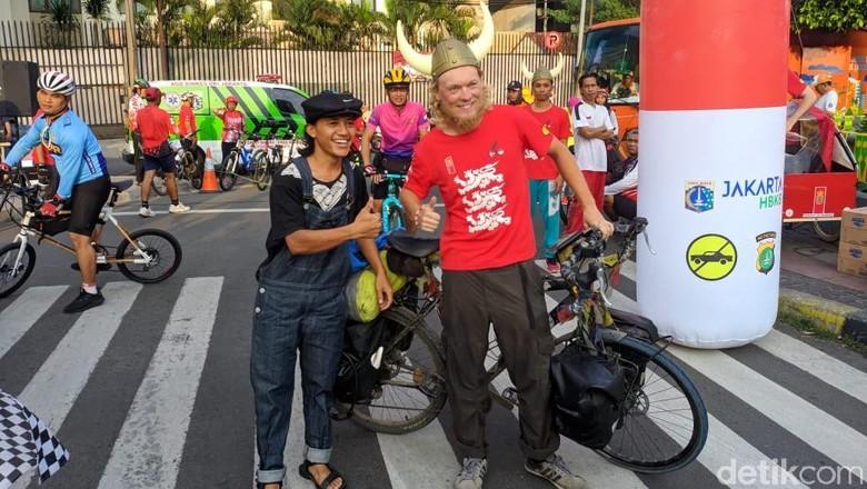 Angkat Isu Kesehatan Mental, Pria Denmark Bersepeda 1 Tahun ke Indonesia