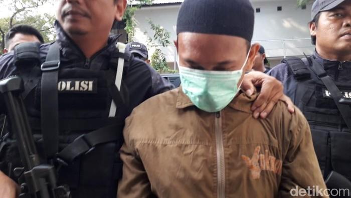 Pria yang ancam penggal Jokowi. (Isal/detikcom)