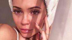 Video Kylie Jenner Cuci Muka Viral, Dianggap Netizen Menyesatkan