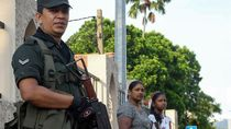 Massa yang Marah Serang Toko, Polisi Sri Lanka Terapkan Jam Malam