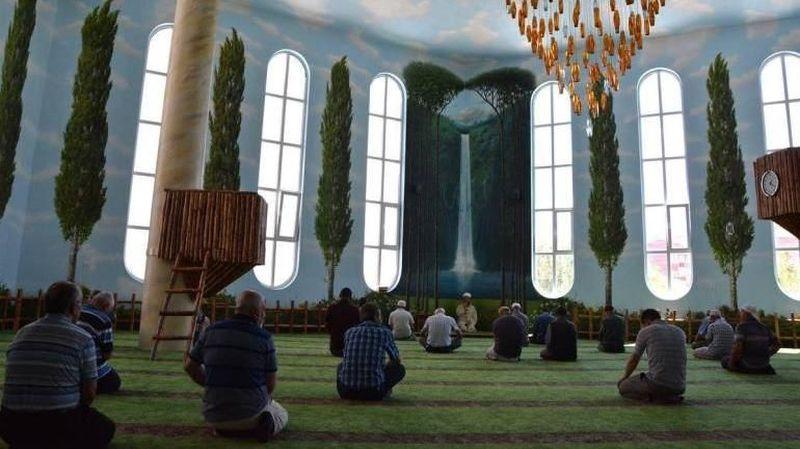 Singgah ke Masjid Hamamiye Camii di Turki, traveler dijamin akan dibuat mengucap subhanallah. Seperti di alam, masjid ini terinspirasi ayat Al Quran (ilmfeed/Facebook)