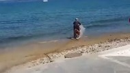 Aksi Motor Trail Terabas Laut