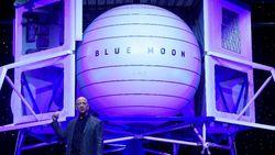 Jeff Bezos Lelang Tiket ke Luar Angkasa! Terjual Rp 397 M