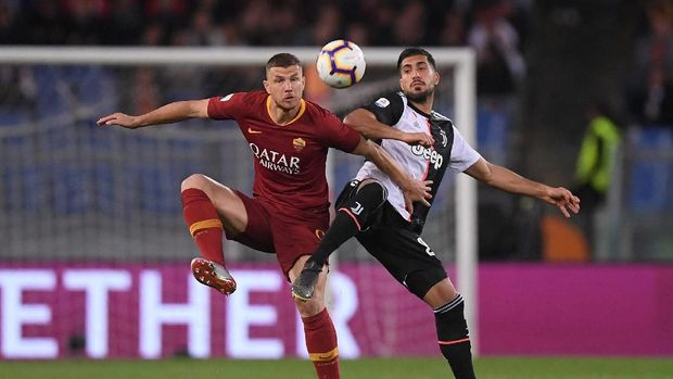 Edin Dzeko dianggap memiliki fisik yang lebih kuat dari Ronaldo.