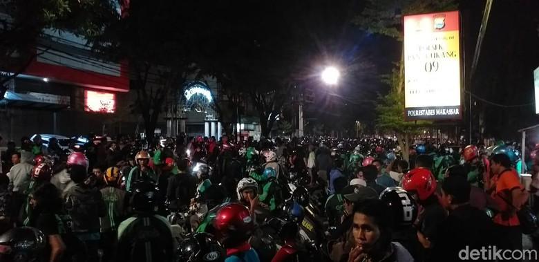 Polisi Cari Penyebar Hoax Bom di Mal Makassar