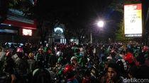 7 Tukang Parkir Pengeroyok Ojol di Makassar Ditetapkan Jadi Tersangka