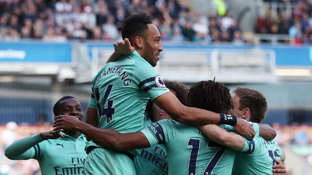 Van Persie: Arsenal Akan Segera Bisa Bersaing di Liga Inggris