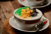 Serunya Berbuka Puasa Bersama dengan Makanan Enak Sambil Bersilaturahmi