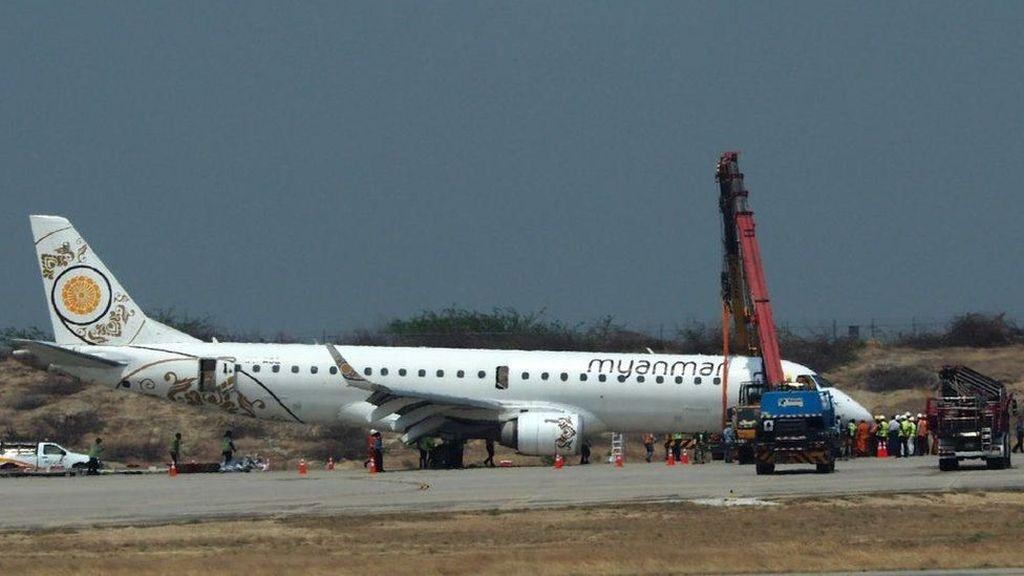 Pilot di Myanmar Berhasil Mendaratkan Pesawat Meski Tanpa Roda Depan