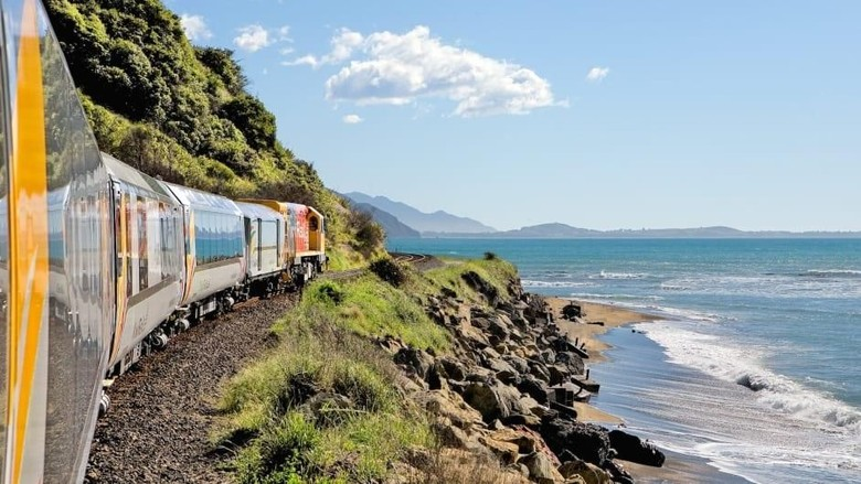 KiwiRail Selandia Baru (Great Journeys of New Zealand/CNN Travel)