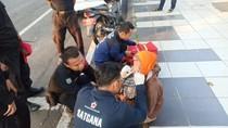 Pertahankan Diri, Perempuan di Surabaya Ini Lolos dari Penjambretan