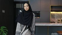 Foto: Gaya Lindswell Kwok Tampil Syari, Cantiknya Bikin Hati Adem