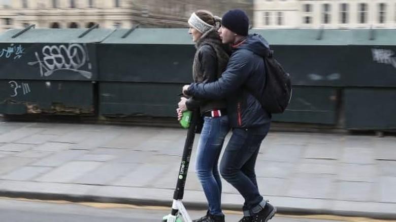 Skuter listrik di Paris (CNN Travel)