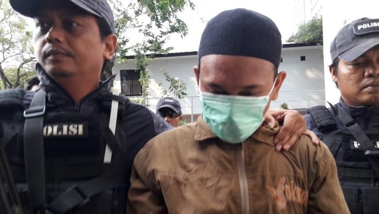 Perekamnya Divonis Bebas, Pengancam Penggal Jokowi Belum Disidangkan