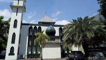 Foto: Masjid Arab di Kawasan Pecinan Makassar