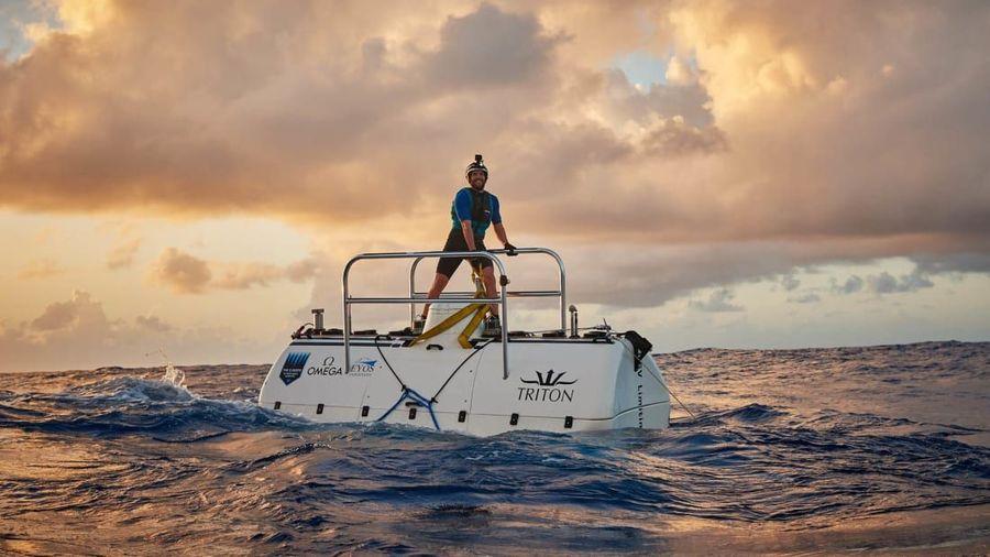 Seorang penjelajah bawah laut Amerika melakukan ekspedisi ke Palung Mariana, Victor Vescovo. Vescovo melakukan penjelajahan sedalam 10.927 meter ke dasar Challenger Deep, ujung selatan Palung Mariana di Samudera Pasifik. (Five Deeps Expedition)