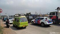 Gerbang Tol Singosari Dibuka, Kendaraan Menumpuk di Karanglo Malang