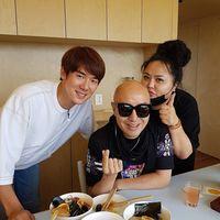 Si Ganteng Yoo Yen Seok Buka Resto Ramen di Pulau Jeju