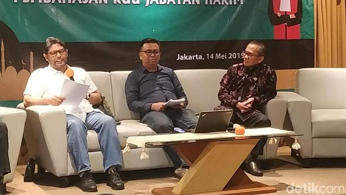 Diskusi di Gado-gado Boplo (Bil Wahid/detikcom)
