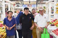 Direktur Pengelolaan Sampah KLHK, Novrizal Tahar (baju hitam) (dok KLHK)