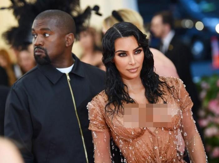Kanye West dan Kim Kardashian (Foto: Getty Images)