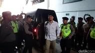Ahmad Dhani Dituntut 18 Bulan Penjara Ngebet Kembali ke Jakarta