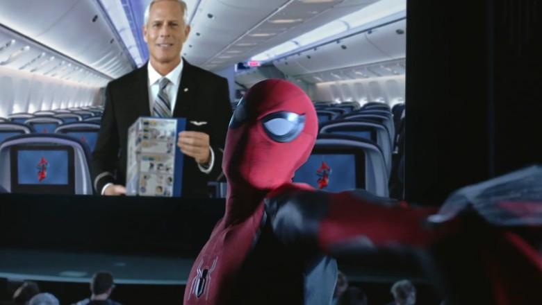 Foto: Video keselamatan United Airlines (Youtube/United)
