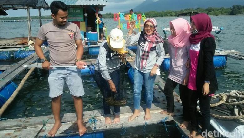 Ngabuburit dan Buka Puasa Seru di Tengah Laut, Yuk ke Situbondo