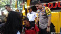 Jelang Mudik. Sopir Bus di Probolinggo Cek Kesehatan