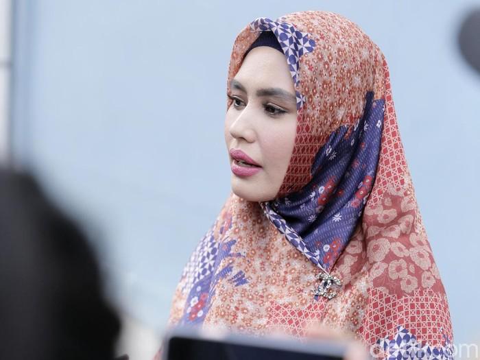 Kartika Putri saat ditemui di studio Trans TV.