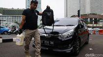 Polisi Amankan Cairan Kimia dari WNA yang Tak Tertib Berlalu Lintas