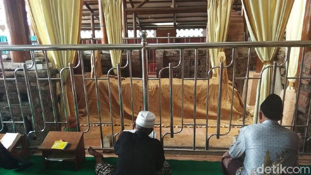 Menengok Makam Pangeran Mekah di Kediri Ramai Peziarah Saat Ramadhan
