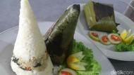 Maknyus! Buka Puasa dengan Nasi Bakar Mamong yang Gurih Pedas