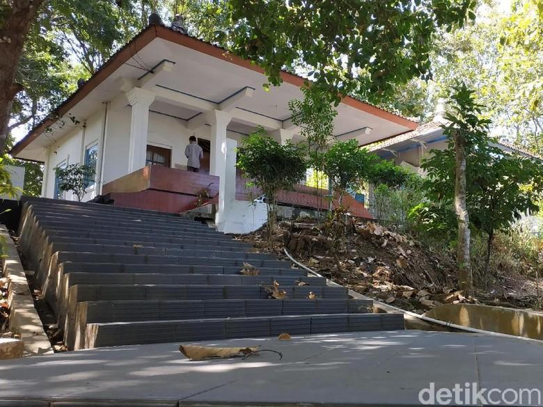 Makam Kanjeng Jimat, Saksi Bisu Sejarah Penyebaran Islam di Pacitan