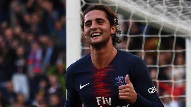 Status Adrien Rabiot bebas transfer usai kontraknya tak diperpanjang PSG. (