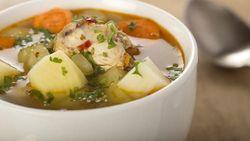 Menu Harian Ramadhan ke-10: Sup Ayam Enak untuk Jaga Stamina Saat Puasa