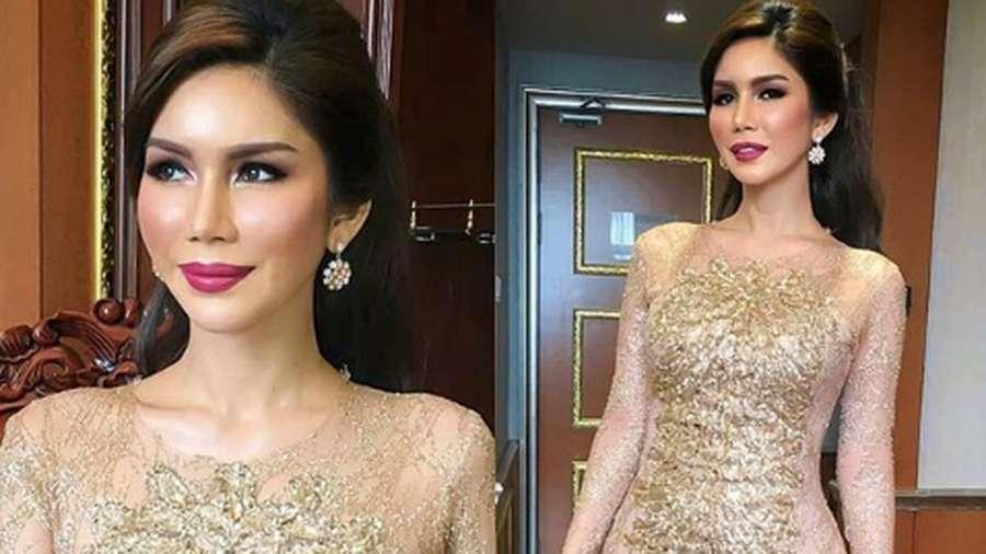 Nur Sajat, Rekan Duet Lucinta Luna dan Ratu Kosmetik Malaysia