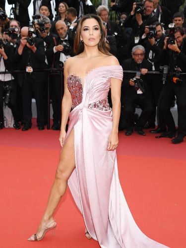 CANNES, FRANCE - MAY 14: Eva Longoria attends the opening ceremony and screening of